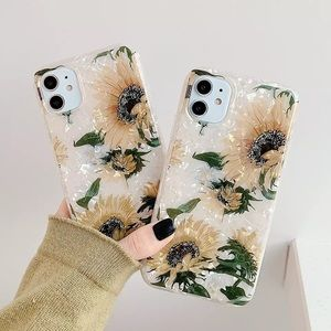 NEW iPhone 12/11/Pro/Max/XR Vintage Sunflower case